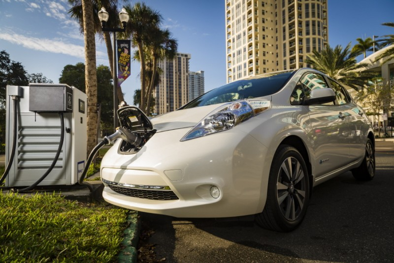 Nissan and BMW Partner to Deploy Dual Fast Chargers Across the U.S. to Benefit Electric Vehicle Drivers