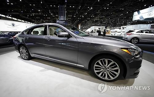 South Korea's leading carmaker Hyundai Motor Co. saw the Genesis mid-size luxury sedan rank third in terms of annual sales in the United States last year for the first time since its debut there, industry data showed Monday. (Image : Yonhap)