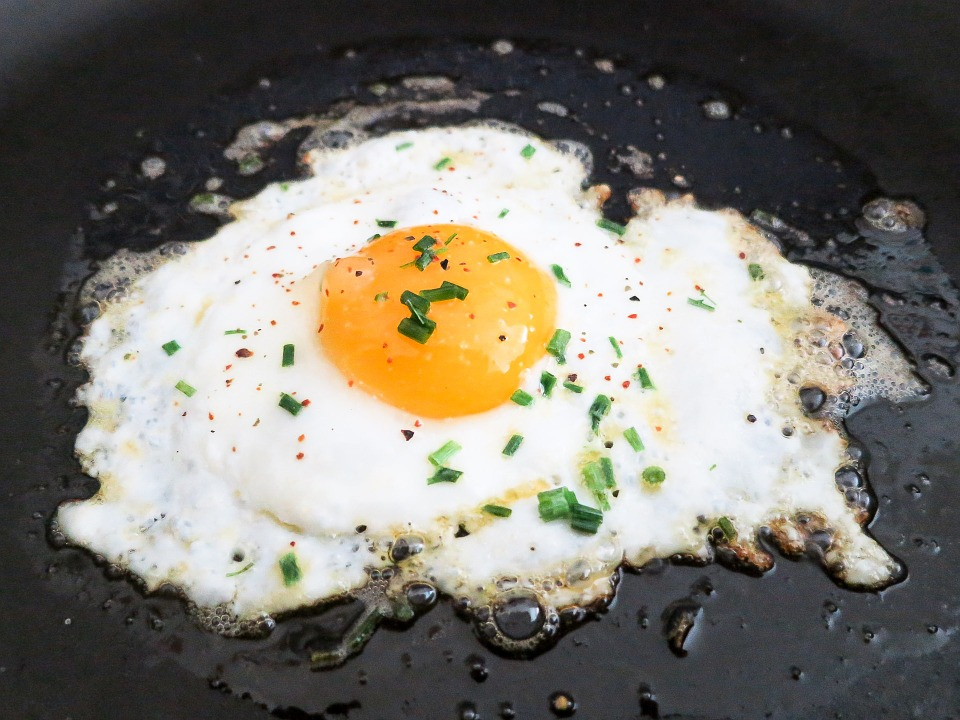 An absurd case has occurred in which citizens went to court over a fried egg. (Image : Yonhap)