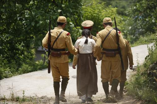 A local film about the painful life of South Korean sex slaves during World War II, tops pre-sale reservation rates in the local box office, a market tracker said Wednesday. (Image : Yonhap)