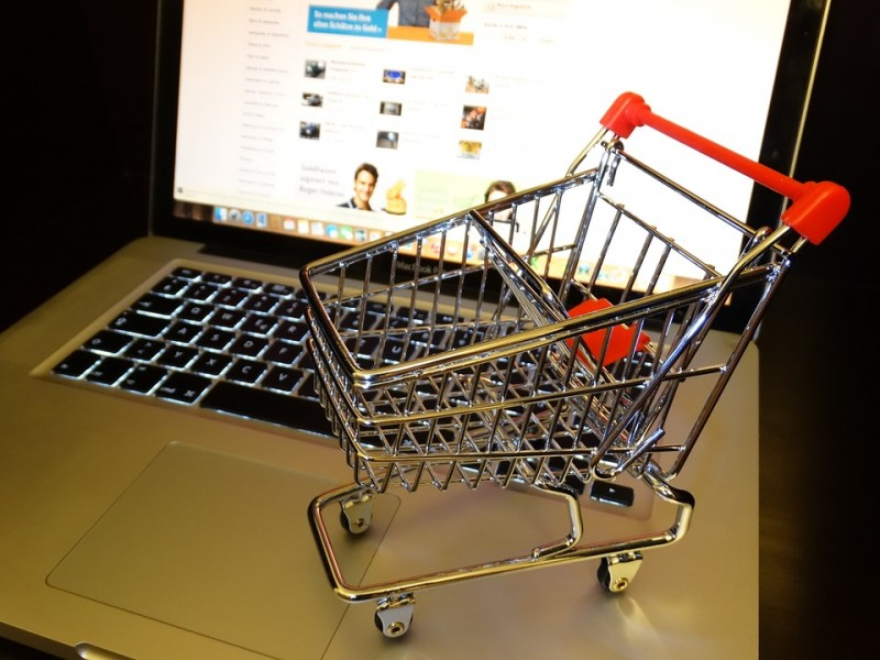 Online Markets Move to Service Sales
