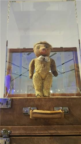 """Nana"" the teddy bear by Jean Paul Gaultier is displayed in the Seoul Exhibition at Dongdaemun Design Plaza in central Seoul on March 25, 2016. (Image : Yonhap)"