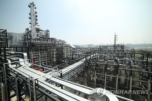 A petrochemicals plant in Ulsan, South Korea (Image : Yonhap)