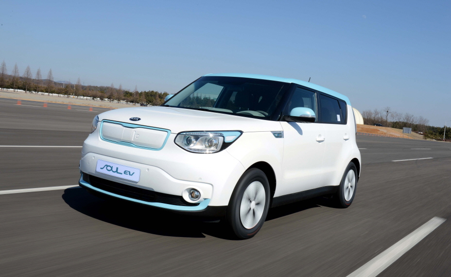 The Soul EV posted combined sales of 10,210 units through January of this year, with the overseas market taking up 8,630 units. (image: Kia Motors)