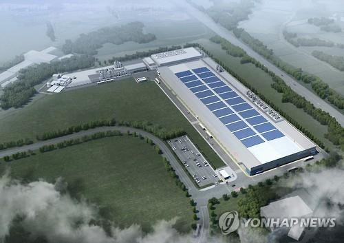 A new solar cell plant being built for Hanwha Q CELLS Korea is in the spotlight as a model of regulatory reforms. (Image : Yonhap)