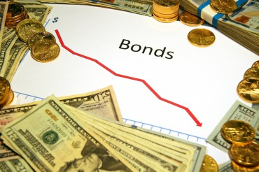 Bond Funds Favored Over Stock Funds for Stable Returns