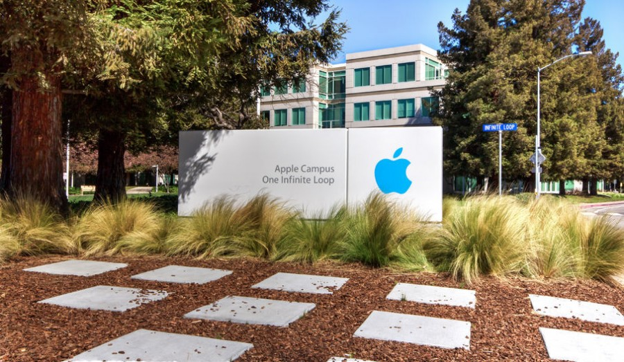 Questioning Apple's Premium Pricing Strategy and the Future of Budget-Friendly Smartphones