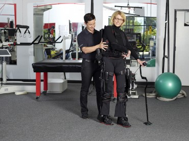 Ekso GT™ Robotic Exoskeleton Cleared by FDA for Use with Stroke and Spinal Cord Injury Patients