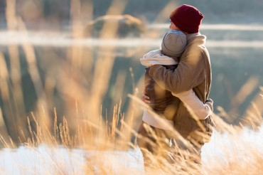 [Guest Column] The Many Health Benefits of Hugging You Must Know