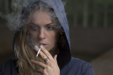 Female Smokers Four Times More Likely to Be Depressed Than Male Smokers