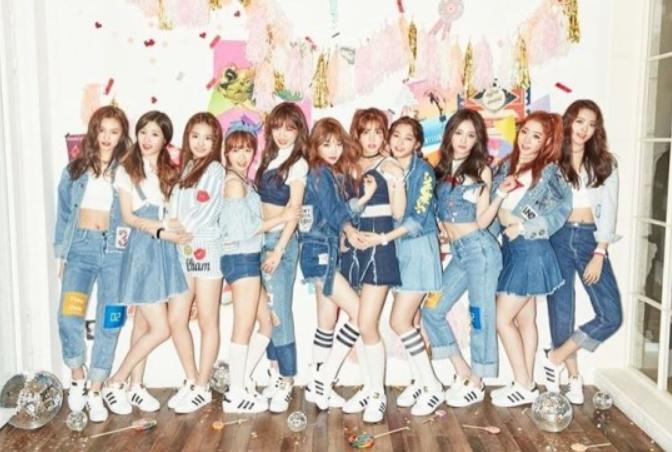 I.O.I. Winner Girl Group of TV Audition Show Makes a Debut