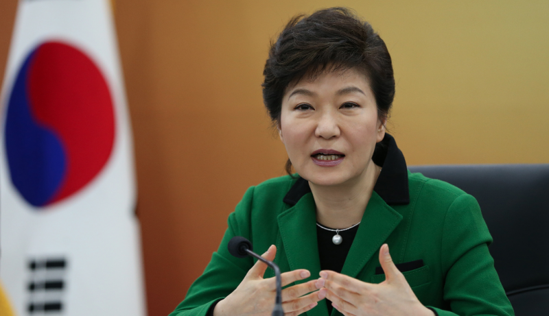 Park's Approval Rating Moves Up After Visit to Iran