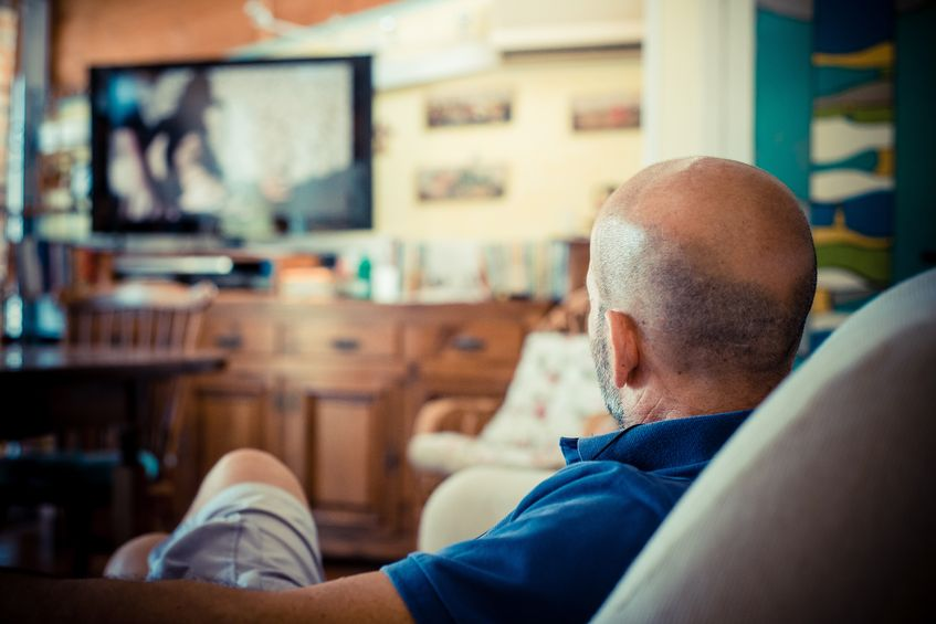 The survey, conducted by the Korea Information Society Development Institute, showed that people in their 60s or older topped the list of age groups watching TV every day at 85.3 percent. (image: KobizMedia/ Korea Bizwire)