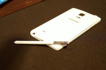 Rumored Smartphone Models Prompt Marketing Speculation