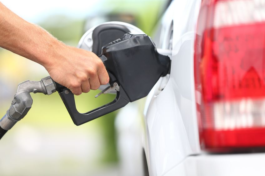 Industry watchers say diesel consumption will go up further as people go on summer vacation, possibly breaking the current monthly record. (image: KobizMedia/ Korea Bizwire)