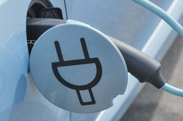 KEPCO to Use Utility Poles as Electric Vehicle Charging Stations
