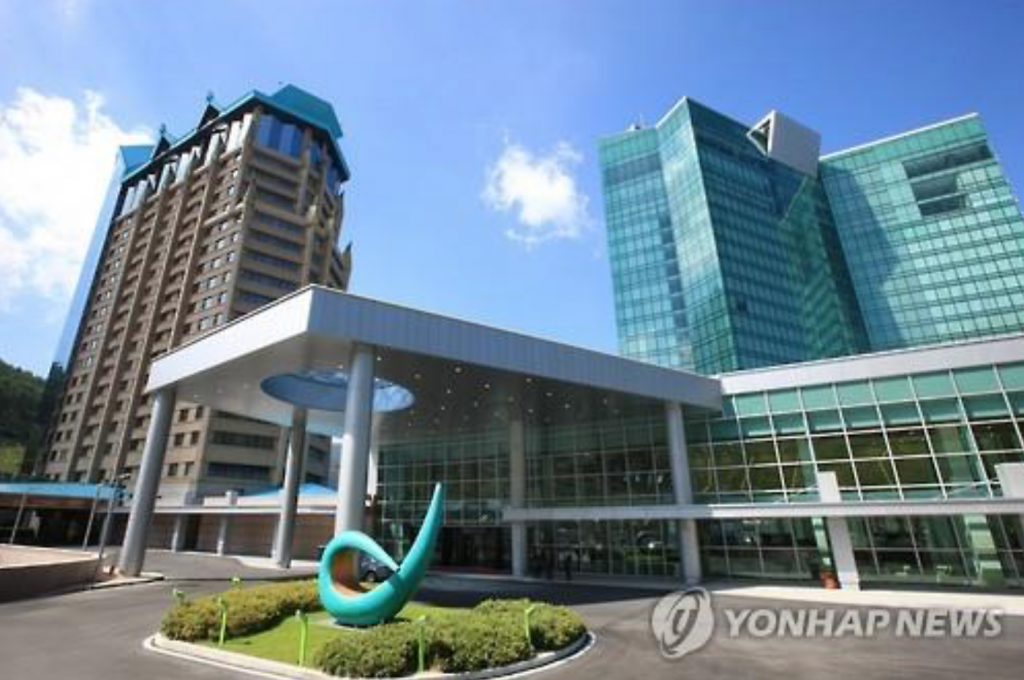 2,165 South Koreans visited the mountain resort in Jeongseon County, 214 kilometers east of Seoul, more than 100 days in a one-year period as of March. (image: Yonhap)
