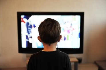Internet and TV Teach Violence to Children when Used for Playing