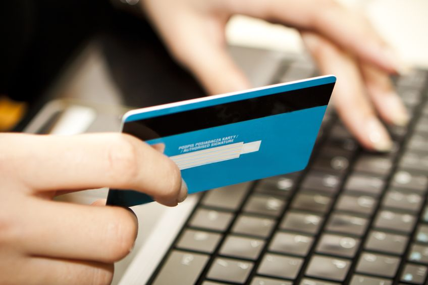 The Korea Consumer Agency advised South Korean consumers to closely check sellers' information and terms to prevent damage from international transactions. (image: KobizMedia/ Korea Bizwire)