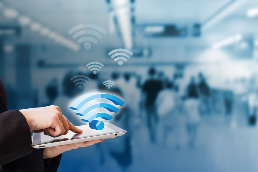 55 percent were most surprised by being able to use the free Internet connection in such places as airports, subway lines, restaurants and ancient palaces during their stay here. (image: KobizMedia/ Korea Bizwire)