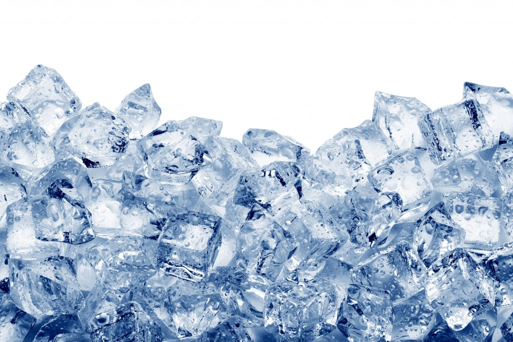 CU says the increased number of single-person households, which tend not to make their own ice at home, the lengthy heat wave and tropical nights (nights with a temperature low of 25 degrees and above), and late night (Korea time) Olympic matches are all behind the recent change in ice consumption. (image: KobizMedia/ Korea Bizwire)