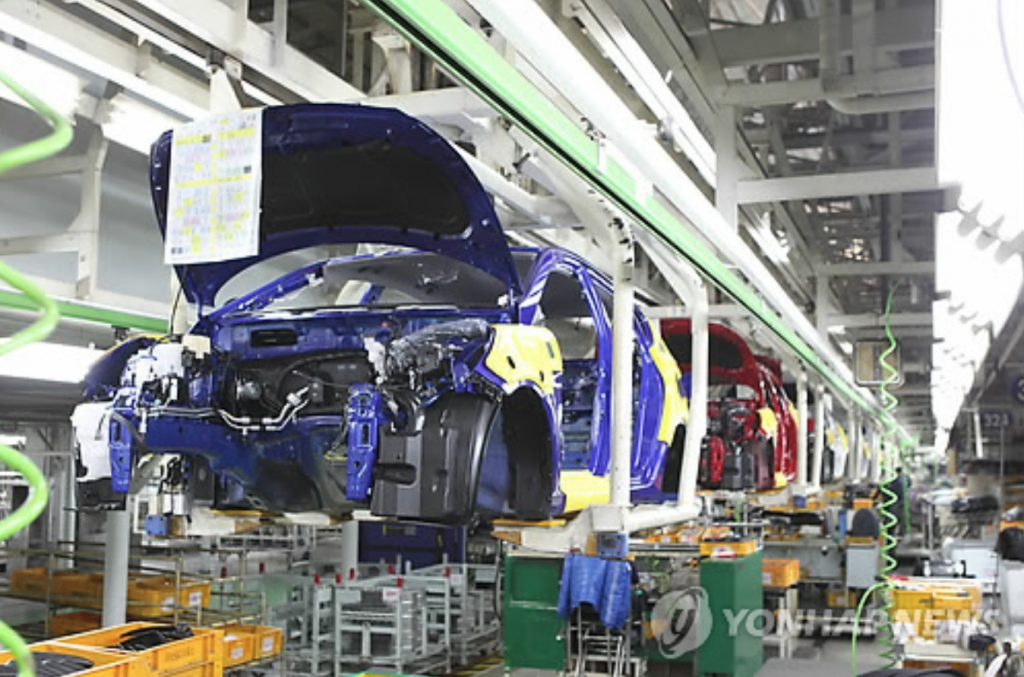 """The auto industry is one of the sectors that face ever increasing costs of materials and labor,"" the institute said. ""The situation is far worse for smaller firms in the industry as most of the profit is generated by only a handful of large companies."" (image: Yonhap)"