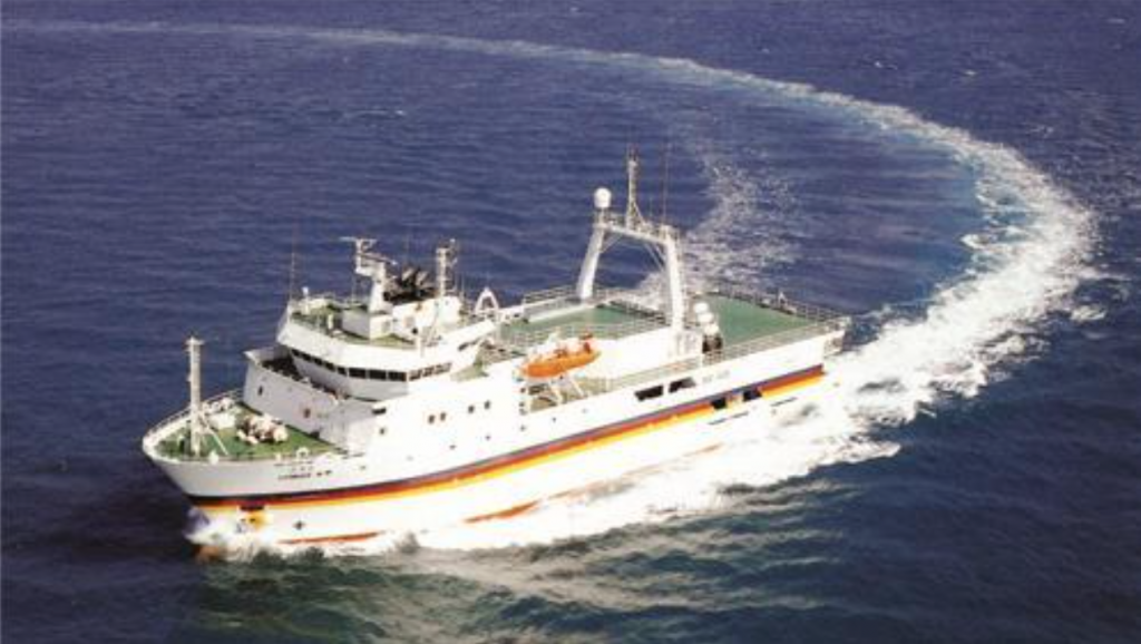 Despite Tamhae II's immense contribution to Korea's scientific research, the vessel didn't have its own exclusive docking facility, and had to make its temporary home in Changwon for the past decade. (image: Yonhap)