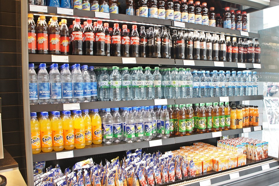 Industry experts say sugar-sweetened sodas have been expanding their presence in line with the thriving delivery food market for small households and their cheap prices give them the competitive edge over other drinks. (image: Pixabay)