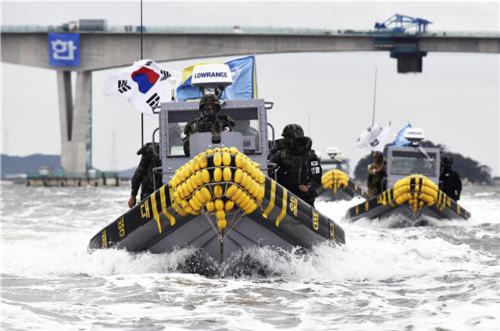 Back in June, 54 Chinese fishing boats were kicked out, two were seized and 65 fishing nets and buoys were claimed. (image: Yonhap)
