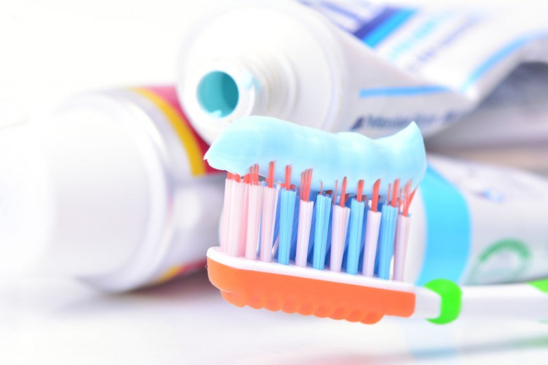 Toothpastes with Toxic Sterilizer Chemicals Breed Anxious Consumers