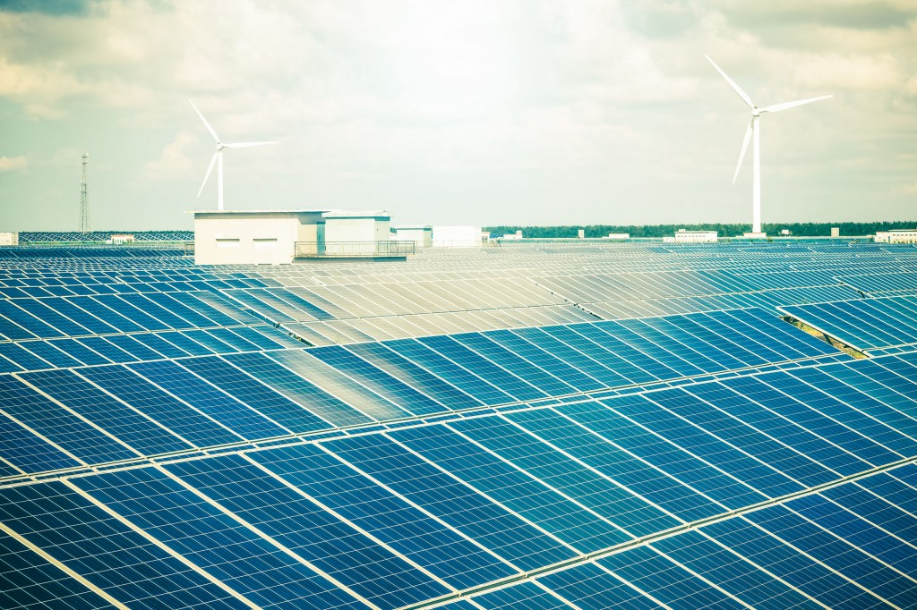 Growing demands for clean and renewable energy were also apparent in the local market, whose solar power capacity increased by 1 gigawatt in 2015 alone, making it the world's seventh-largest market for solar energy with an overall capacity of 3.5 gigawatts, according to the ministry. (image: KobizMedia/ Korea Bizwire)