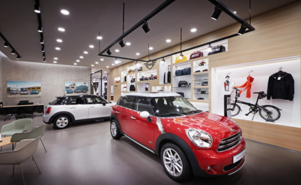 BMW Mini City Lounges are where customers can meet the latest MINI and BMW models, and are the first of their kind in Asia. (image: BMW Korea)