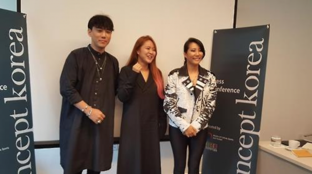The undated photo shows Korean designers, Kim Tae-geun (L), Kim Hee-jin (C), and Park Yoon-hee (R) who join the Concept Korea S/S 2017. (image: Yonhap)
