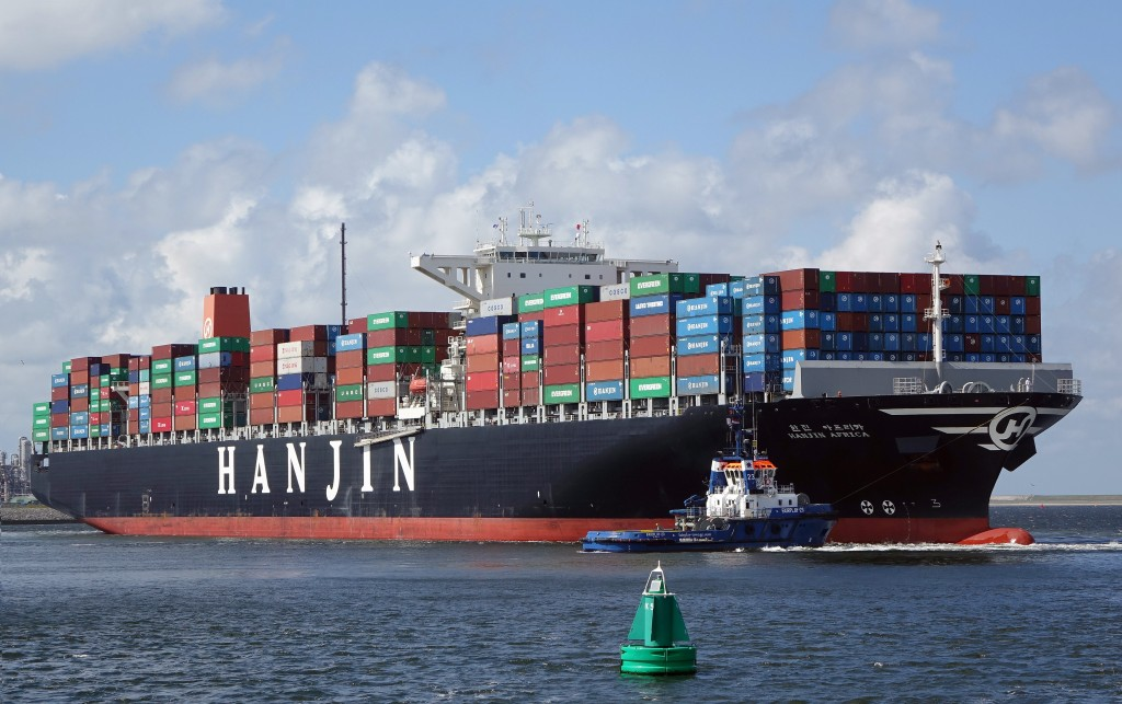 Hanjin Shipping's receivership earlier this month sent ripples through global shipping flows with more than half of its ships stranded at sea out of fears that they may be seized by its creditors. (image: Wikimedia)