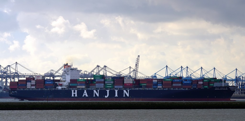 Hanjin Shipping has a total of 457 contractors here and their combined outstanding receivables reach 64 billion won (US$57 million). (image: Wikimedia)