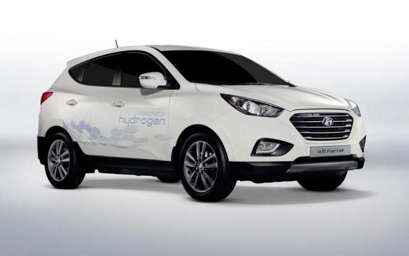 Hyundai's Fuel Cell EVs to Be Used for Cabs Later This Year