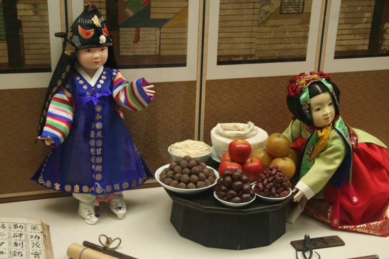 Prepping Traditional 'Hanbok' for Chuseok
