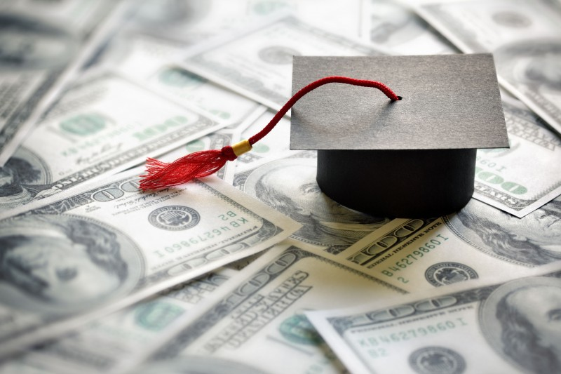 Income Polarization Apparent as Student Loans Soar