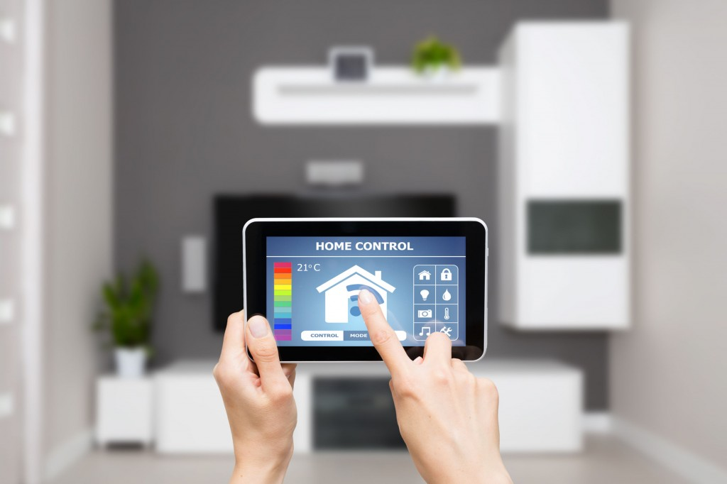 """The main consumers of officetels are individuals in their 20s and 30s who are most sensitive to the latest IT trends, thus preferring apartments with smart home systems."" (image: KobizMedia/ Korea Bizwire)"