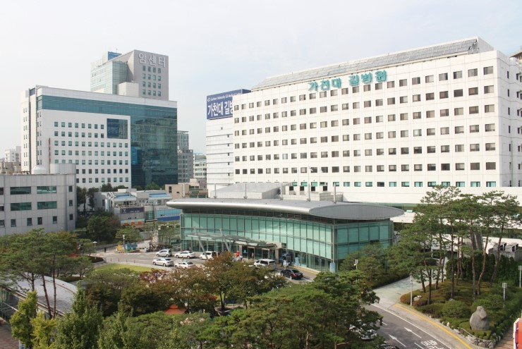 The fact that Gil Hospital falls far behind major hospitals in terms of the number of cancer patients also made experts question the system's effectiveness and the hospital's profit margin over its operation. Gil Hospital was visited by some 4,000 new cancer patients in 2015, a long way from Asan Medical Center's 29,000. (image: Gachon University Gil Hospital)