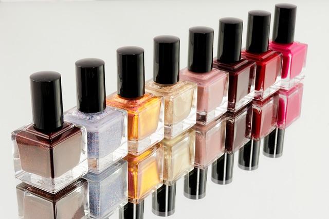 China, No. 1 Buyer of S. Korean Cosmetics: Data