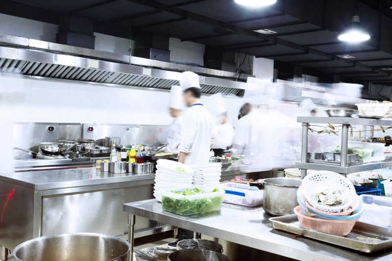 Data Suggests Accommodation, Food Industry Sustained by Loans