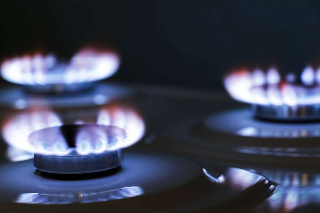 """""""The number of single-person households jumped from 3.17 million in 2005 to 5.2 million in 2015, which we believe had a significant influence (on LNG consumption),"""" a natural gas industry official said. (image: KobizMedia/ Korea Bizwire)"""