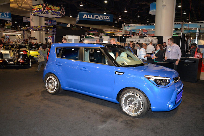 Kia Motors Unveils 4 Modified Cars at U.S. Auto Show