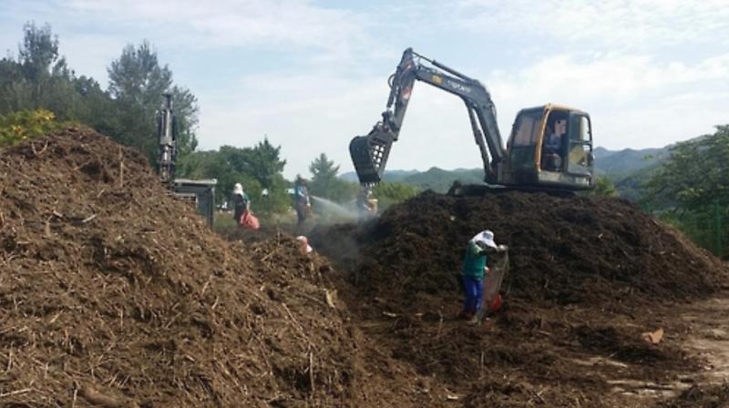 K-Water Recycles Floating Debris Near Dams to Make Fertilizer
