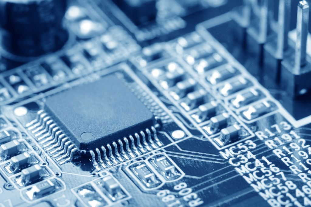 While chipmakers push for the expansion of their production capacity, industry observers said companies may adjust their production, depending on market situations to keep prices stable. (image: KobizMedia/ Korea Bizwire)