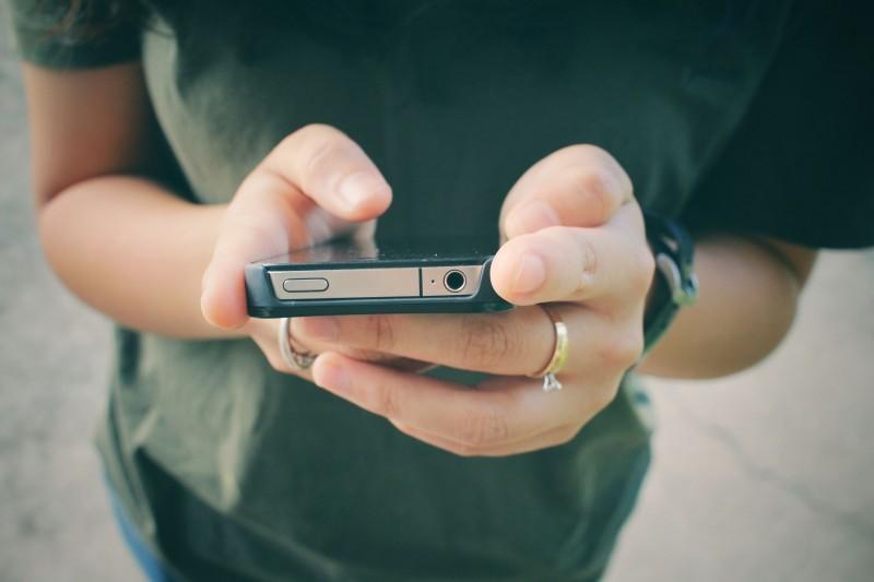 Smartphones Indispensable, but TV Still Popular: Survey