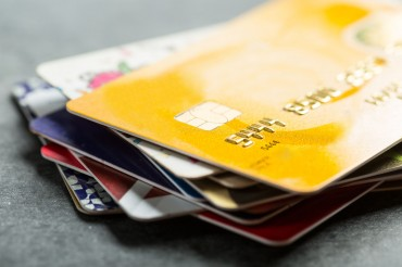 Credit Cards Make up Half of Transactions: BOK