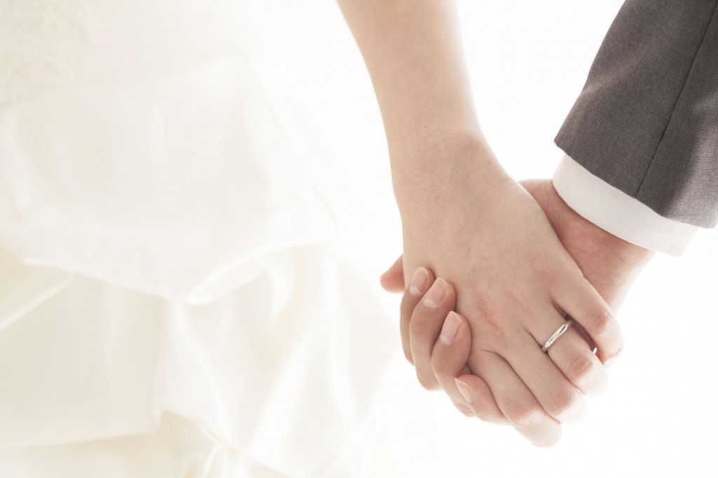 Study participants had rather a pessimistic view towards the excessive spending typical of Korean weddings. (image: KobizMedia/ Korea Bizwire)