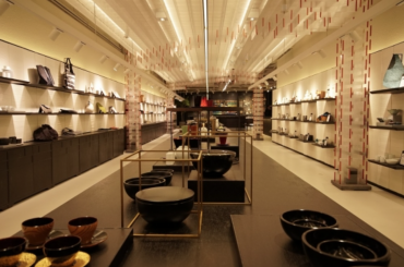 Shinsegae Opens Concept Store Featuring Traditional Goods